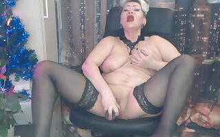 Today's private Video… Yes, I'm a bitch, a slut with the addition of a whore!